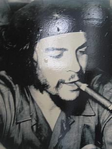 Che Guevarra og sigar - to av Cubas nasjonalsymboler. Foto Andreas Toft.