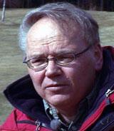 Arne Tronsmo har ledet Norges første golfgress-forskning. Foto: NRK