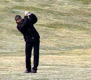 Geir Moen er en av mange ivrige golfspillere i Norge. Foto: NRK