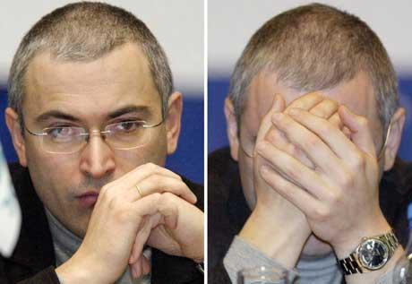 Khodorkovskij - Russlands mest berømte fange. Bildene er tatt en måned før den dramatiske pågripelsen (Scanpix/AFP)