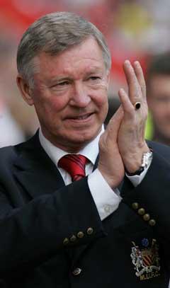 Sir Alex Ferguson får mindre å rutte med. (Foto: AP/Scanpix)