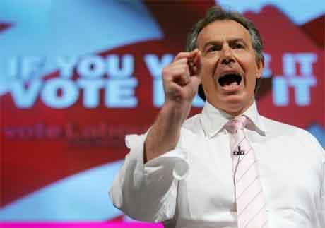 Tony Blair kan ta sin tredje strake valsiger for Labour 5. mai. (Foto: Odd Andersen/AFP/Scanpix)