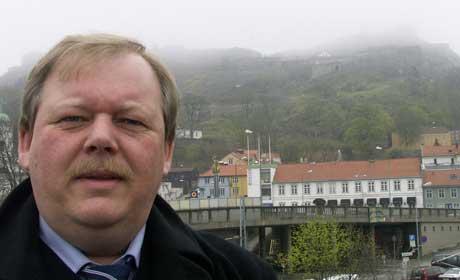 - I min tid som ordfører har jeg ikke fått noen forslag fra RV om disse spørsmålene, sier ordfører Per Kristian Dahl i Halden. Foto: Rainer Prang, NRK