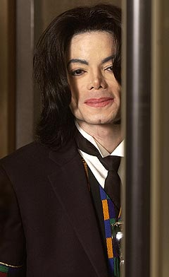 En av tidenes største kjendis-rettssaker, denne gang mot Michael Jackson, nærmer seg slutten. Foto: Aaron Lambert, Reuters / Scanpix.