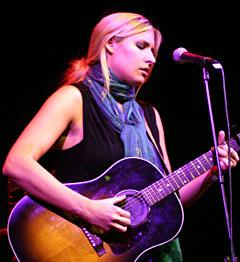 Holly Williams. Foto: Per Ole Hagen