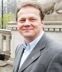 Fremskrittspartiets Ulf Erik Knudsen er saksordfører for de nye åndsverkloven. Foto: Terje Bendsiksby, Scanpix.