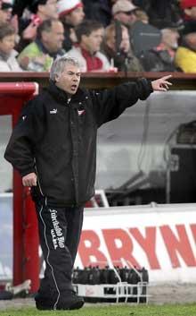 Egil Drillo Olsen mente FFK hadde gjort en bra defensiv jobb i deler av kampen. Foto: Erland Aas / SCANPIX