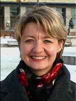 Vinteren står for døra, men det blir ingen piggdekkavgift, sier Hilde Barstad (H).