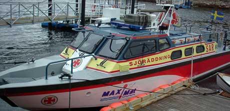 Det svenske sjøredningsselskapet styrker beredskapen på Buhuslänskysten, og etablerer en ny stasjon i Stenungsund. Båten på bildet er Sjöredningsselskapets båt i Strömstad. Foto: Rainer Prang, NRK