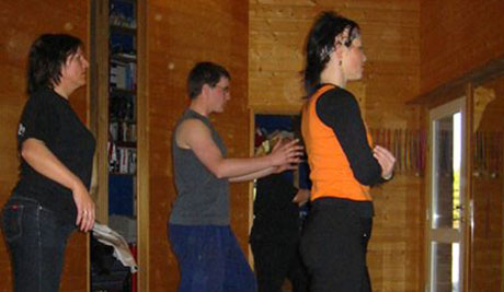 Line-Dance NM arrangeres i helga. Og i våler ligger Line-Danceentusiastene i hardtrening.