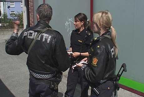 Knivstikking kronstad, Bergen. Politi leter etter gjerningsmann. Foto: NRK