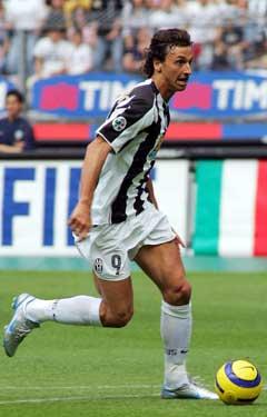 Zlatan Ibrahimovic i aksjon for Juventus. (Foto: AP/Scanpix)