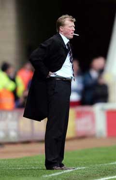 Middlesbroughs manager Steven McClaren skal lede laget i neste sesongs UEFA-cup. (Foto: AP/Scanpix)