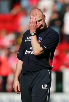 Crystal Palace-manager Iain Dowie var fortvilet etter nedrykket. (Foto: Reuters/Scanpix)