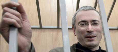 Mikhail Khodorkovskij er funnet skyldig i flere nye tiltalepunkter i dag. (AFP/Scanpix-foto)
