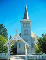 Fire ganger i 2007 vil radiogudstjenesten komme fra Saltdal kirke.