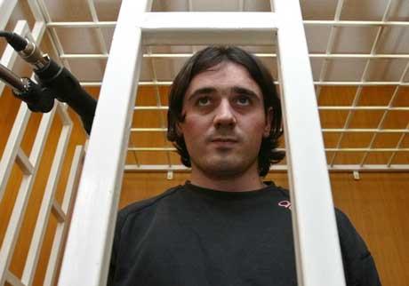 NEKTER SKYLD: Nur- Pashi Kulayev under rettsaken. (Foto: Scanpix/ AP/ Sergei Grits)