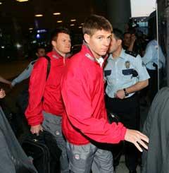 John Arne Riise og Steven Gerrard er på plass i Istanbul. (Foto: Reuters/Scanpix)