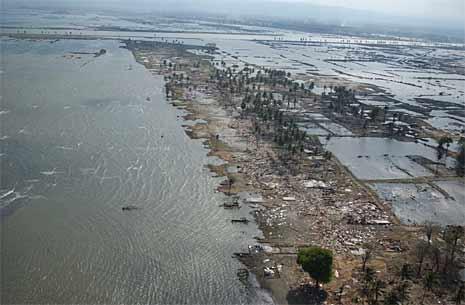 Slik så det ut i Bandah Aceh seks uker etter at flodbølgen rammen Sørøst-Asia. (Foto: Reuters/Scanpix)