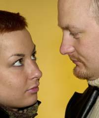 Menn og kvinner synes det er tilnærmet like vanskelig å snakke om impotens som utroskap. Foto: Scanpix