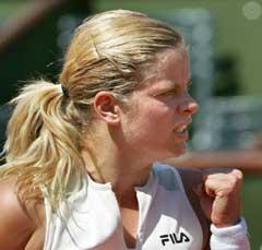 En fornøyd Kim Clijsters under kampen mot Daniela Hantuchova. (Foto: AFP/Scanpix)