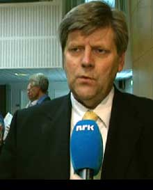 Ansgar Gabrielsen lovte statlig refusjon av legionella-utgiftene. Foto: NRK