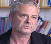 Thor Øivind Jensen er førsteamanuensis ved Universitetet i Bergen. — Dette er en drømmeform for markedsføring sett fra industriens side, sier han.