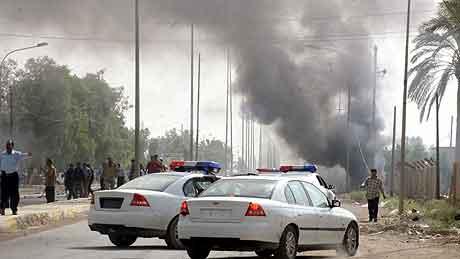 IRAK: Fra selvmordsangrepet i Baquba torsdag morgen. Foto: Ali Yussef, AFP.