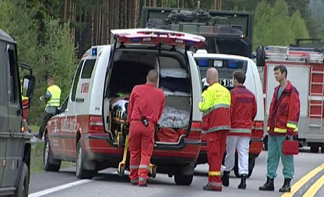 To personer ble hardt skadd i ulykka.(Alle foto: Jan Egil Løvbak)