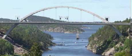Den nye Svinesundsbrua ble åpnet 10. juni 2005. Foto: NRK