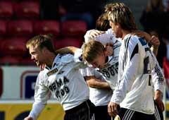 RBK-jubel etter at Per Ciljan Skjelbred ( i midten) scoret 1-0 målet. (Foto: Geir Otto Johansen / SCANPIX)