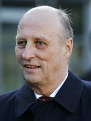 Det kan trekkes slektsbånd fra Olav den hellige til våre dagers konge, Harald 5. Foto: Erlend Aas / SCANPIX