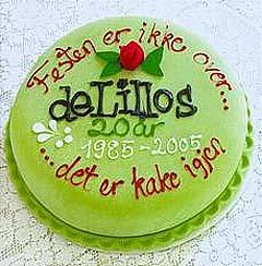 """Slik ser den ut, originalen: """"Festen er ikke over ... det er kake igjen""""."""