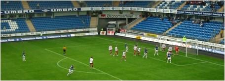 Molde farlig foran Fredrikstadmålet gang på gang men sløste med sjansene. Foto: Gunnar Sandvik