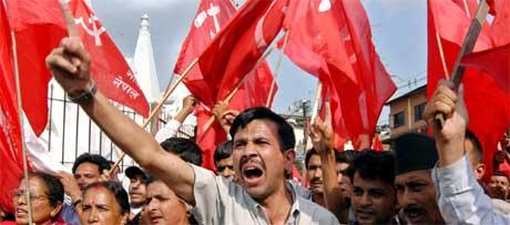 OPPRØRET I NEPAL: Disse menneskene risikerer å bli torturert, dersom de blir satt i fengsel. Det mener FN. (Foto: Scanpix)