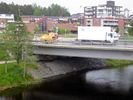 Trafikken gikk som normalt i Elverum tirsdag (Foto: NRK)