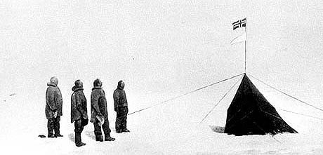 Roald Amundsen var førstemann til Sydpolen, men nå drar nordmenn dit på charterferie. Foto: SCANPIX