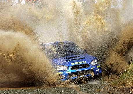 Petter Solberg under fredagens kjøring i Rally Akropolis. (Foto: Louisa Gouliamaki / AFP / Scanpix
