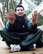 Kadafi Zaman - selv pakistaner ser på sine landsmenns røtter i Norgesglasset.