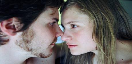 Blir forelsket i sin venns kjæreste. Foto/Copyright: ASFIDALGO