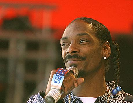Snoop Dogg på Orange scenen i Roskilde fredag ettermiddag. Foto: Arne Kristian Gansmo, NRK.