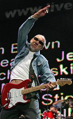 Pete Townshend og The Who kan heller ikke klage på oppgangen i platesalg etter Live 8-opptredenen. Foto: Stephen Hird, Reuters / Scanpix.