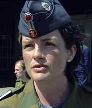 Marianne Mjelde Knutsen er en av jagerflygerne som deltok i konserten. (Foto: NRK)