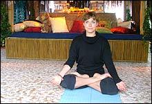<b>Myk start på dagen: </b>Helle holder gratis Yogatime hver morgen mellom ti og elleve. (Foto: Merete Glorvigen)