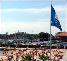 Blått Flagg: Her kan du trygt bade i sommer, hvis du ikke er en pyse. (Foto: Merete Glorvigen)