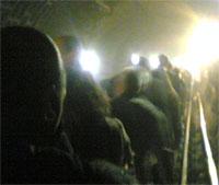 SAVNEDE UNDER BAKKEN: Det ligger døde under bakken i T-bane systemet ved King`s Cross. Foto: AP Photo/Scanpix