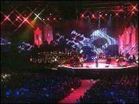 Mange artister opptrådte på Spektrums scene. (Foto: NRK)