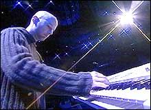 Moby har solgt over seks millioner av den siste platen sin, og er en av kronprins Haakons store favoritter (Foto: NRK).