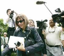 New York Times reporteren Judith Miller måtte gå i fengsel fordi hun nektet å oppgi sine kilder i retten. (Foto: Scanpix/Reuters/L. Douwning)