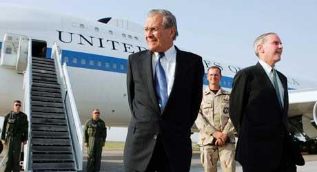 Rumsfeld kan trolig være trygg på at han får beholde Manas-basen i Kirgisistan lenge (Scanpix/Reuters)